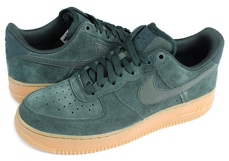 NIKE AIR FORCE 1 07 LV8 SUEDE [OUTDOOR GREEN / OUTDOOR GREEN] aa1117-300 ナイキ エアフォース1 07 LV8 スエード 「グリーン/ガム」