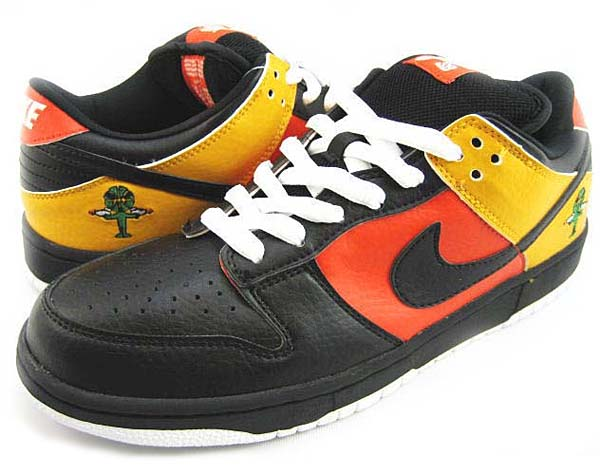 NIKE DUNK LOW PRO SB ROSWELL RAYGUNS [HOME] 304292-803