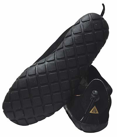 NIKE AIR MOC BLACK/STRAW-BLACK 312454-003 ナイキ エアモック 「ブラック」