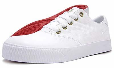 NIKE PEPPER LOW [WHITE/WHITE-VARSITY RED-PINE GREEN]