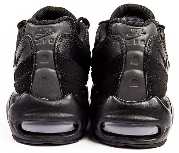 NIKE AIR MAX 95 Triple Black [BLACK / BLACK - ANTHRACITE] 609048-092