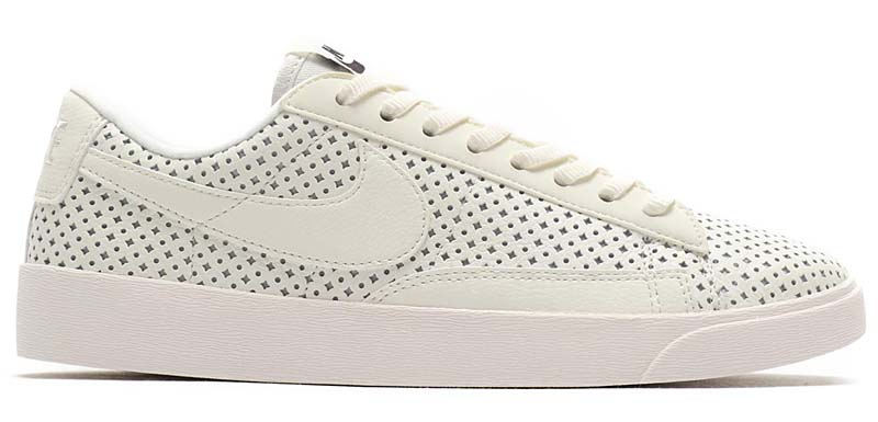 NIKE BLAZER LOW SE [SAIL / SAIL-MOUNTAIN BLUE] av9374-100 ナイキ ブレーザー ロー SE 「ホワイト」