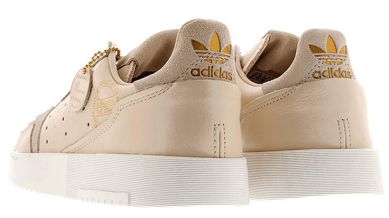 adidas SUPERCOURT LINEN / CRYSTAL WHITE / GOLD MET EG4584 アディダス スーパーコート ベージュ/ゴールド