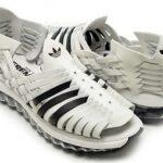 adidas OBYO Jeremy Scott JS MEGA SOFT CELL SANDALS [WHITE/BLACK] (V22821)