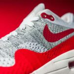 NIKE AIR MAX 1 ULTRA FLYKNIT [WHITE / UNIVERSITY RED-PURE PLATINUM-COOL GREY-WOLF GREY-BLACK] (843384-101)