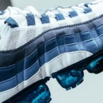 NIKE AIR VAPORMAX 95 [WHITE / NEW GREEN-FRENCH BLUE-LAKE BLUE-OBSIDIAN] (AJ7292-100)