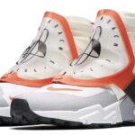 NIKE AIR HUARACHE GRIPP QS [SAIL / TEAM ORANGE-WHITE-WOLF GREY] (AT0298-100)