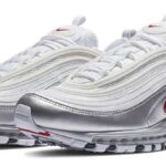 NIKE AIR MAX 97 QS [WHITE / VARSITY RED-METALLIC SILVER-BLACK] (AT5458-100)