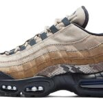 NIKE AIR MAX 95 [NEWSPRINT / BLUE HERO / STRING / CANTEEN] (BV1310-013)