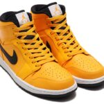 NIKE AIR JORDAN 1 MID [UNIV GOLD / BLACK-WHITE-GYM RED] (554724-700)