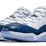 NIKE AIR JORDAN 11 RETRO LOW LE [WHITE / BLACK-NAVY] (CD6846-102)