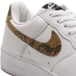 NIKE AIR FORCE 1 LOW RETRO PRM QS [WHITE/ELEMENTAL GOLD-DARK HAZEL-BLACK] (AO1635-100)